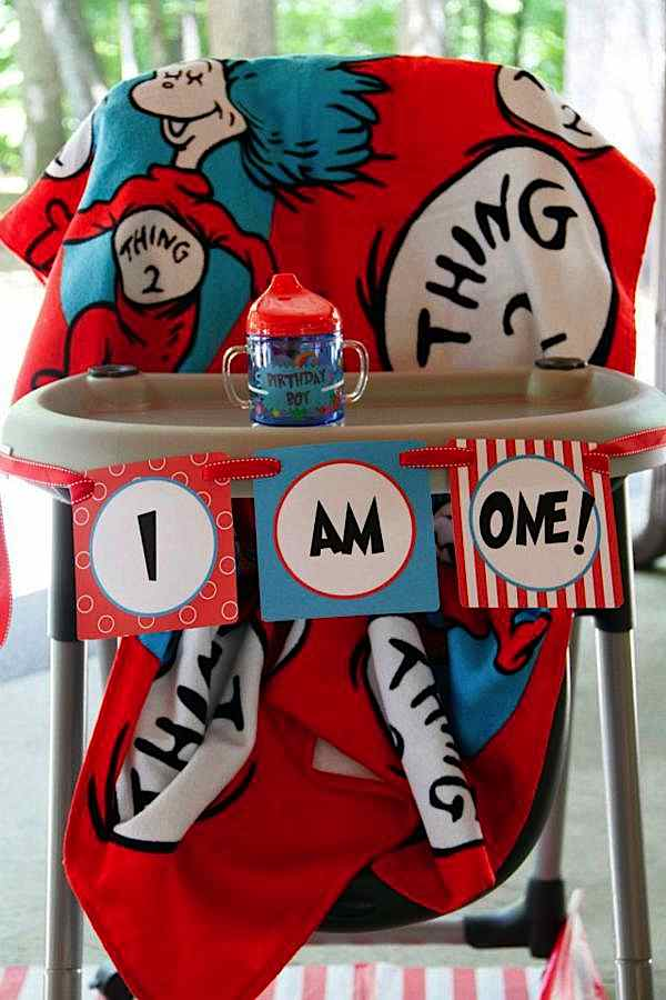 Kara S Party Ideas Dr Seuss Cat In The Hat 1st Birthday