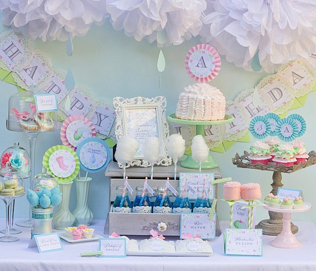 Kara 39 s party ideas april showers birthday party baby for Baby girl birthday decoration pictures