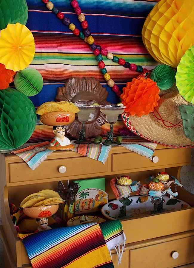 Kara 39 s party ideas cinco de mayo fiesta kara 39 s party ideas - Cinco de mayo party decoration ideas ...