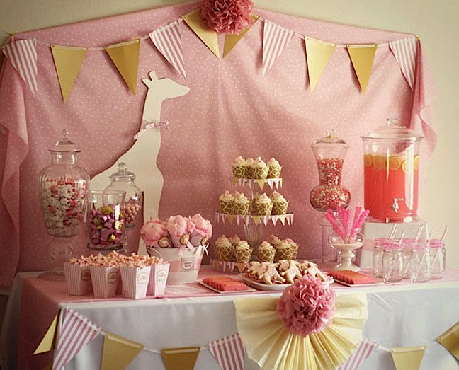 Kara 39 s party ideas pink giraffe baby shower party kara 39 s for Baby girl birthday decoration pictures