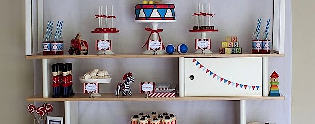 vintage-toy-party-ideas-decorations-cake