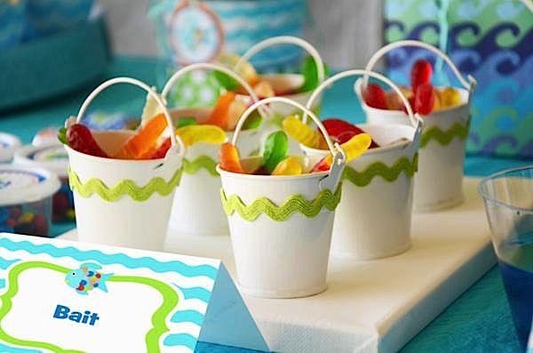 Kara 39 s party ideas rainbow fish 3rd birthday party kara for Fishing party ideas