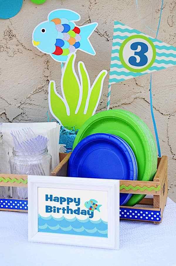 Kara 39 s party ideas rainbow fish 3rd birthday party kara for Fish birthday party