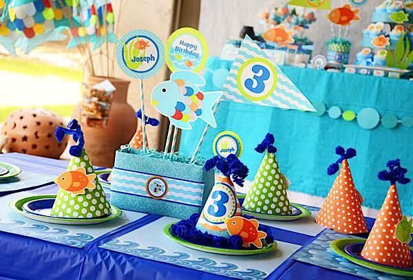 rainbow fish party decorations