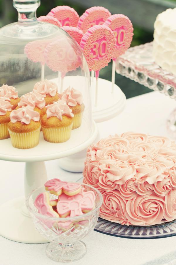 Kara 39 s party ideas shabby romantic pink 30th birthday for 30th birthday party decoration ideas