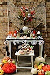 ABlissfulNest-HalloweenPartyPrintableDecorations001_600x900