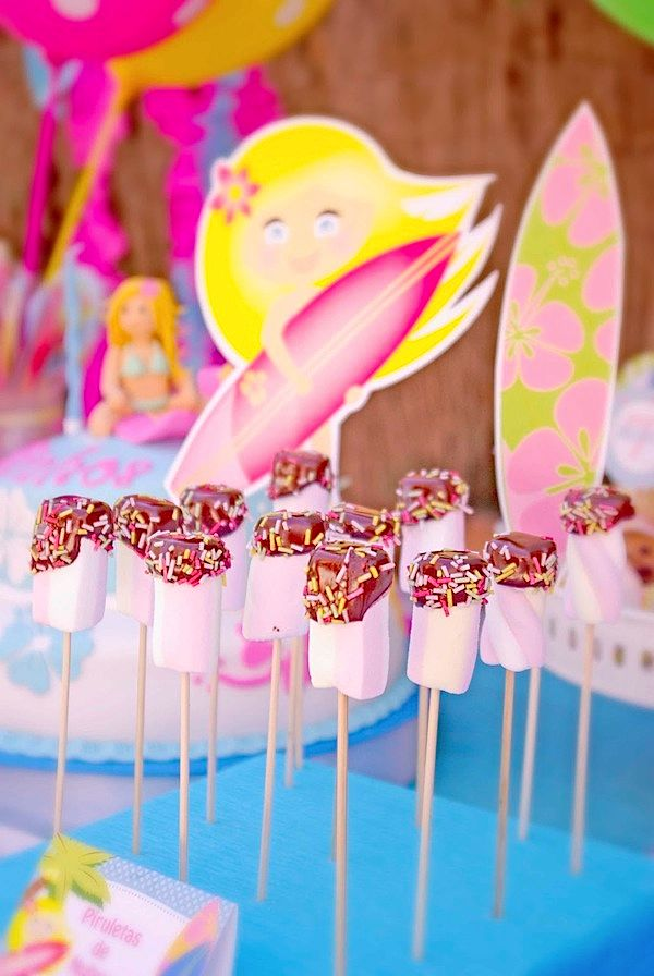 Kara 39 s party ideas girl surfing surf soul surfer beach for Decoration ideas 7th birthday party