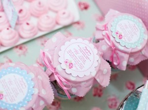 Shabby-Chic-Tea-Party_princess-cookie-jars-2_600x446