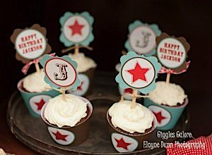 Cowboy Cupcakes_600x441