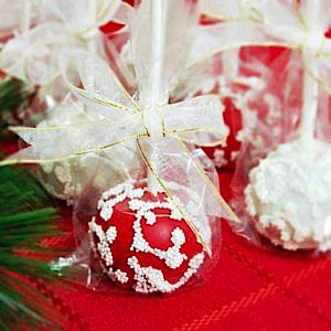 mini-holiday-brownie-favor-pops-500_600x600