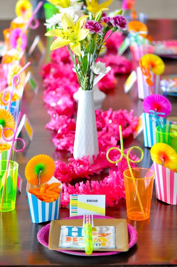 Karas Party Ideas Neon Glow In The Dark Teen Birthday Party - Children's birthday parties west yorkshire
