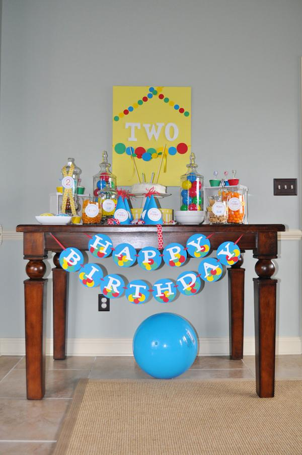 Karas Party Ideas Ball Toy Circle Themed Boy 2nd Birthday Party ...