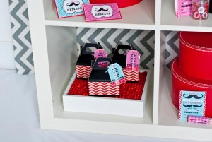 mustache-valentines-day-printables-party-11_600x402
