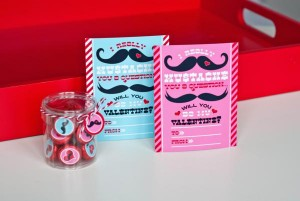 mustache-valentines-day-printables-party-27_600x402