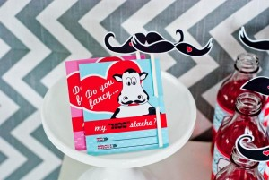 mustache-valentines-day-printables-party-8_600x402