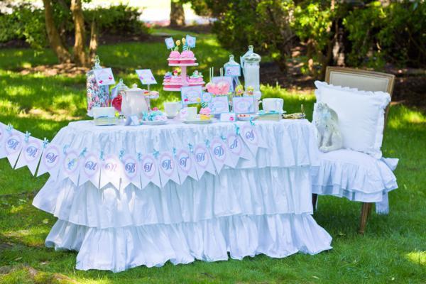 Kara s party ideas alice in wonderland mad hatter garden tea party