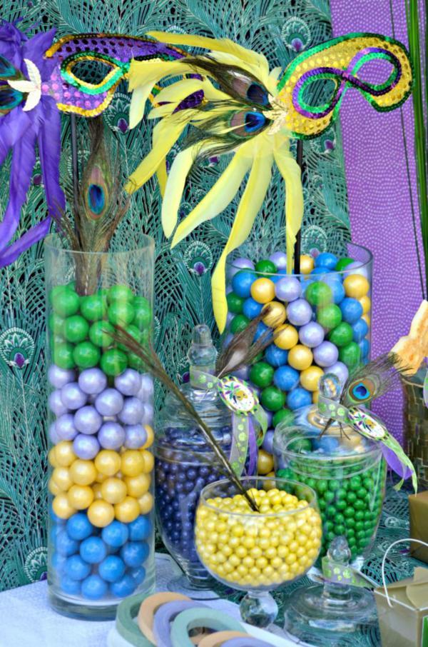 Kara 39 s party ideas brazilian carnival peacock girl boy for Decoration carnaval