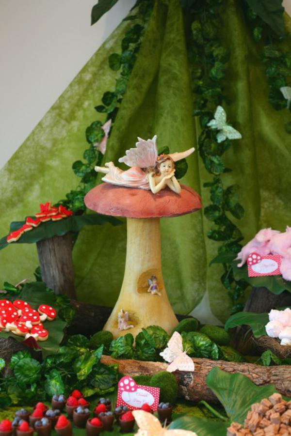 Birthday Cake Ideas Enchanted Forest Theme : Kara s Party Ideas Enchanted Forest Woodland Fairy Girl ...