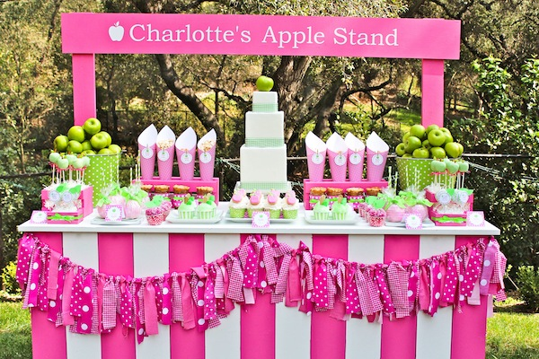 Apple of my eye themed birthday party via Kara's Party Ideas karaspartyideas.com #girl #party #idea #apple #pink #birthday-37