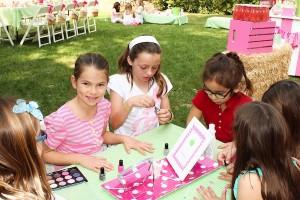 Apple of my eye themed birthday party via Kara's Party Ideas karaspartyideas.com #girl #party #idea #apple #pink #birthday-38