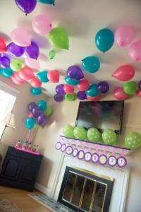 Balloon-4724_600x898