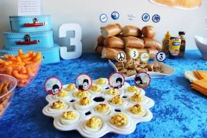 FoodTable_zpsd8fc704d_600x400