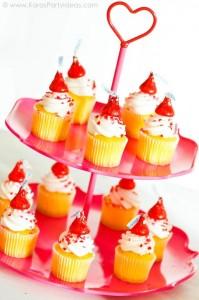 Valentine's party kissing booth via Kara's Party Ideas karaspartyideas.com-249