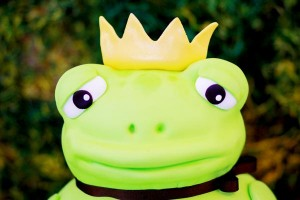 Frog Prince Baby Shower via Kara's Party Ideas karaspartyideas.com #frog #prince #baby #shower #idea #birthday #party #ideas #cake #decorations #supplies (30)