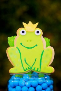 Frog Prince Baby Shower via Kara's Party Ideas karaspartyideas.com #frog #prince #baby #shower #idea #birthday #party #ideas #cake #decorations #supplies (24)