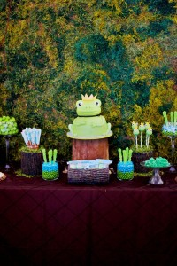 Frog Prince Baby Shower via Kara's Party Ideas karaspartyideas.com #frog #prince #baby #shower #idea #birthday #party #ideas #cake #decorations #supplies (17)