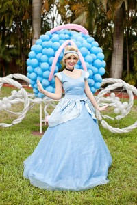 Cinderella Princess themed birthday party via Kara's Party Ideas karaspartyideas.com #cinderella #princess #themed #party #disney #idea #cake #decor #ideas #shop #supplies (14)