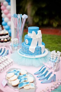 Cinderella Princess themed birthday party via Kara's Party Ideas karaspartyideas.com #cinderella #princess #themed #party #disney #idea #cake #decor #ideas #shop #supplies (97)