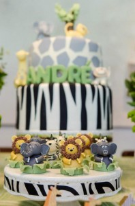 Safari Jungle themed birthday party via Kara's Party Ideas #jungle #safari #birthday #party #ideas #cake #idea #baby #shower #1st #decorations #supplies (56)