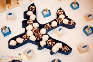 Airplane + Airline + Plane themed 1st birthday party via Kara's Party Ideas karaspartyideas.com #airplane #plane #airline #themed #birthday #party #idea #ideas #cake #decorations #favors #boys #dessert #games (37)