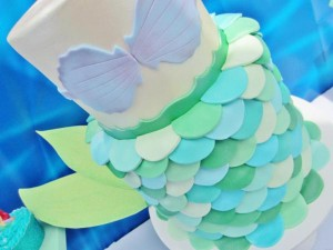 Little Mermaid Under the Sea themed birthday party via Kara's Party Ideas karaspartyideas.com #ariel #mermaid #themed #birthday #party #ideas #cake #decor #supplies (37)