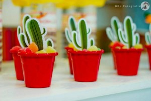 Mexican Fiesta Party via Kara's Party IDeas karaspartyideas.com #mexican #fiesta #party #spanish #latin #dancing #cupcakes #margarita #ideas #idea #cake #cinco #de #mayo (25)
