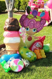 Candyland Candy Land themed birthday party via Kara's Party Ideas | KarasPartyIdeas.com #candyland #candy #land #sweet #shoppe #birthday #party #ideas #cake #decor #idea (7)