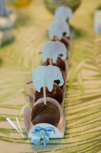 Safari Jungle themed birthday party via Kara's Party Ideas #jungle #safari #birthday #party #ideas #cake #idea #baby #shower #1st #decorations #supplies (39)