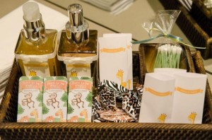 Safari Jungle themed birthday party via Kara's Party Ideas #jungle #safari #birthday #party #ideas #cake #idea #baby #shower #1st #decorations #supplies (38)