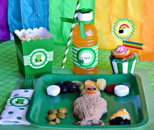 St Patrick's Day Party FREE PRINTABLES via Kara's Party Ideas karaspartyideas.com #free #printables #tags #st #patrick's #day #party #ideas #gifts #shop (60)