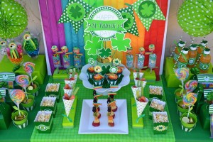 St Patrick's Day Party FREE PRINTABLES via Kara's Party Ideas karaspartyideas.com #free #printables #tags #st #patrick's #day #party #ideas #gifts #shop (43)