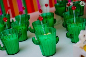 Mexican Fiesta Party via Kara's Party IDeas karaspartyideas.com #mexican #fiesta #party #spanish #latin #dancing #cupcakes #margarita #ideas #idea #cake #cinco #de #mayo (36)