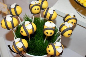 What will it BEE Baby Shower via Kara's Party Ideas karaspartyideas.com #gender #reveal #baby #shower #what #will #it #BEE #idea (21)