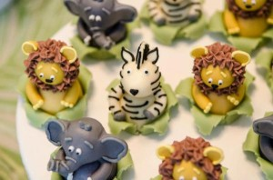 Safari Jungle themed birthday party via Kara's Party Ideas #jungle #safari #birthday #party #ideas #cake #idea #baby #shower #1st #decorations #supplies (24)