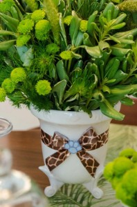 Safari Jungle themed birthday party via Kara's Party Ideas #jungle #safari #birthday #party #ideas #cake #idea #baby #shower #1st #decorations #supplies (22)