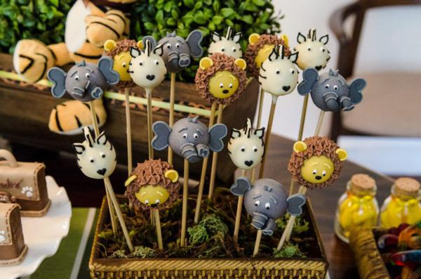 Karas Party Ideas Safari Jungle themed birthday party via Karas