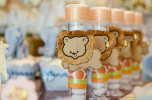 Safari Jungle themed birthday party via Kara's Party Ideas #jungle #safari #birthday #party #ideas #cake #idea #baby #shower #1st #decorations #supplies (19)