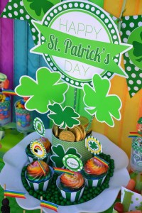 St Patrick's Day Party FREE PRINTABLES via Kara's Party Ideas karaspartyideas.com #free #printables #tags #st #patrick's #day #party #ideas #gifts #shop (37)