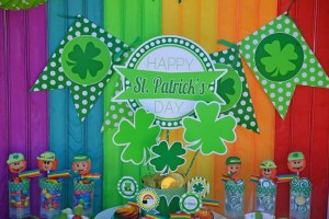 St Patrick's Day Party FREE PRINTABLES via Kara's Party Ideas karaspartyideas.com #free #printables #tags #st #patrick's #day #party #ideas #gifts #shop (35)