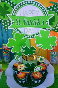 St Patrick's Day Party FREE PRINTABLES via Kara's Party Ideas karaspartyideas.com #free #printables #tags #st #patrick's #day #party #ideas #gifts #shop (31)